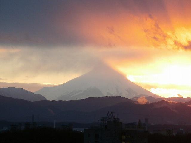 富士山と夕日と雲98